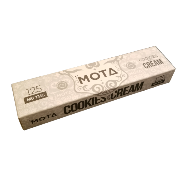 Cookies and Cream Chocolate Bar by Mota