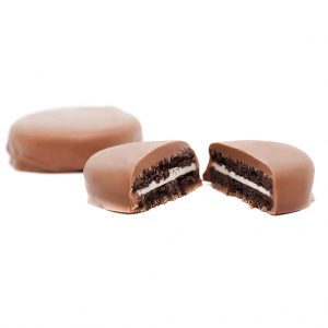Milk Chocolate Oreos by Mota